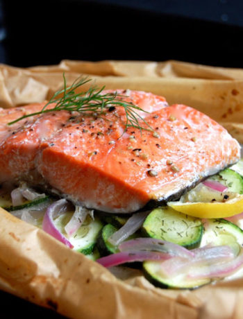 Baked Salmon with Vegetables & Dill in Parchment
