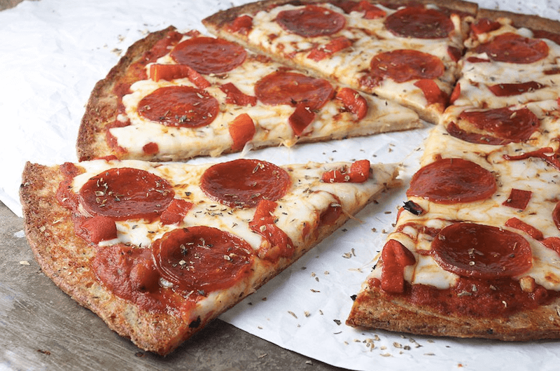 Low-carb-Pepperoni-Pizza