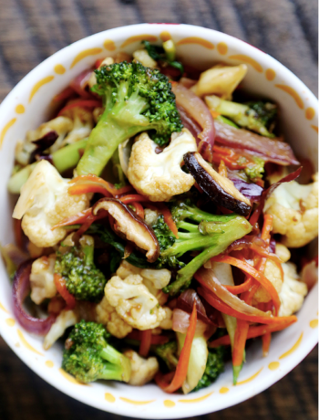 Vegetable Stir Fry with Carrots, Broccoli and Cauliflower