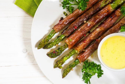 Keto Bacon Wrapped Asparagus with Garlic Aioli
