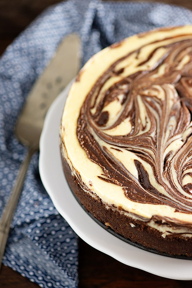 Keto Chocolate Swirl Cheesecake
