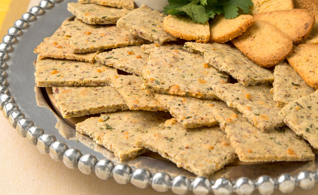 Low Carb Almond Garlic Crackers