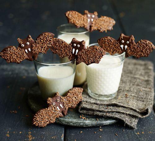 Low Carb Bat Cookies