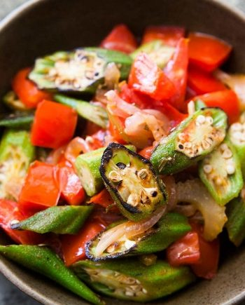 Low Carb Sautéed Okra and Tomatoes