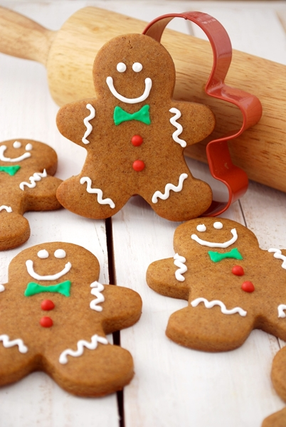 Keto Gingerbread Cookies