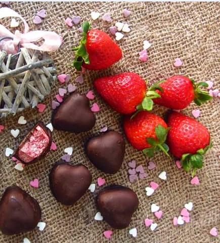 Amazing Keto Mint Chocolate Strawberry Fat Bomb