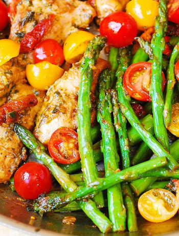 Paleo Pesto Chicken and Vegetables