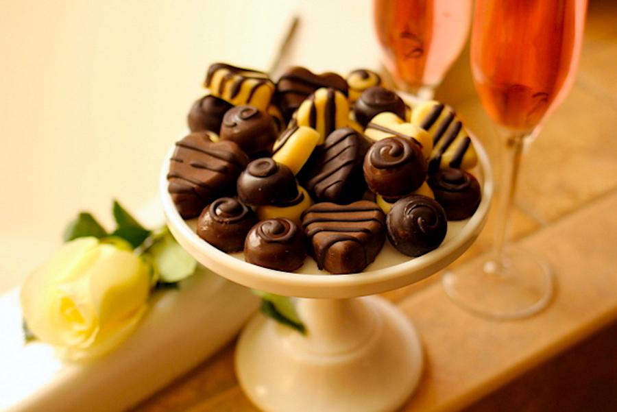 Keto White Chocolate Truffles