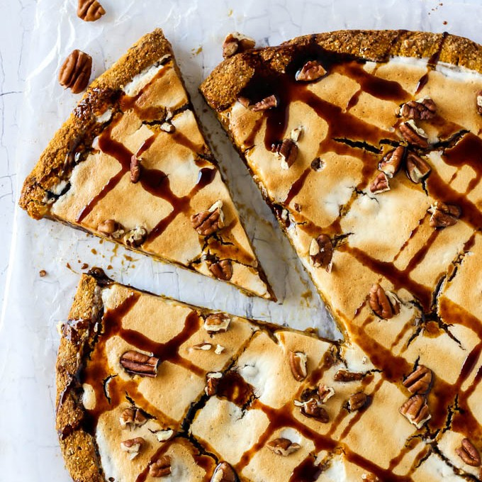 Low Carb Pumpkin Pie Dessert Pizza