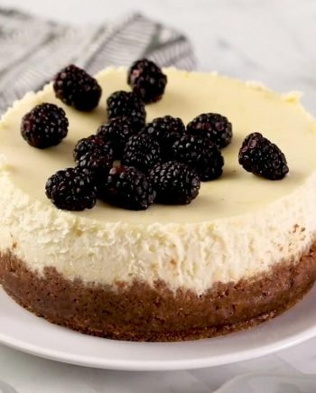 Keto Instant Pot Cheesecake